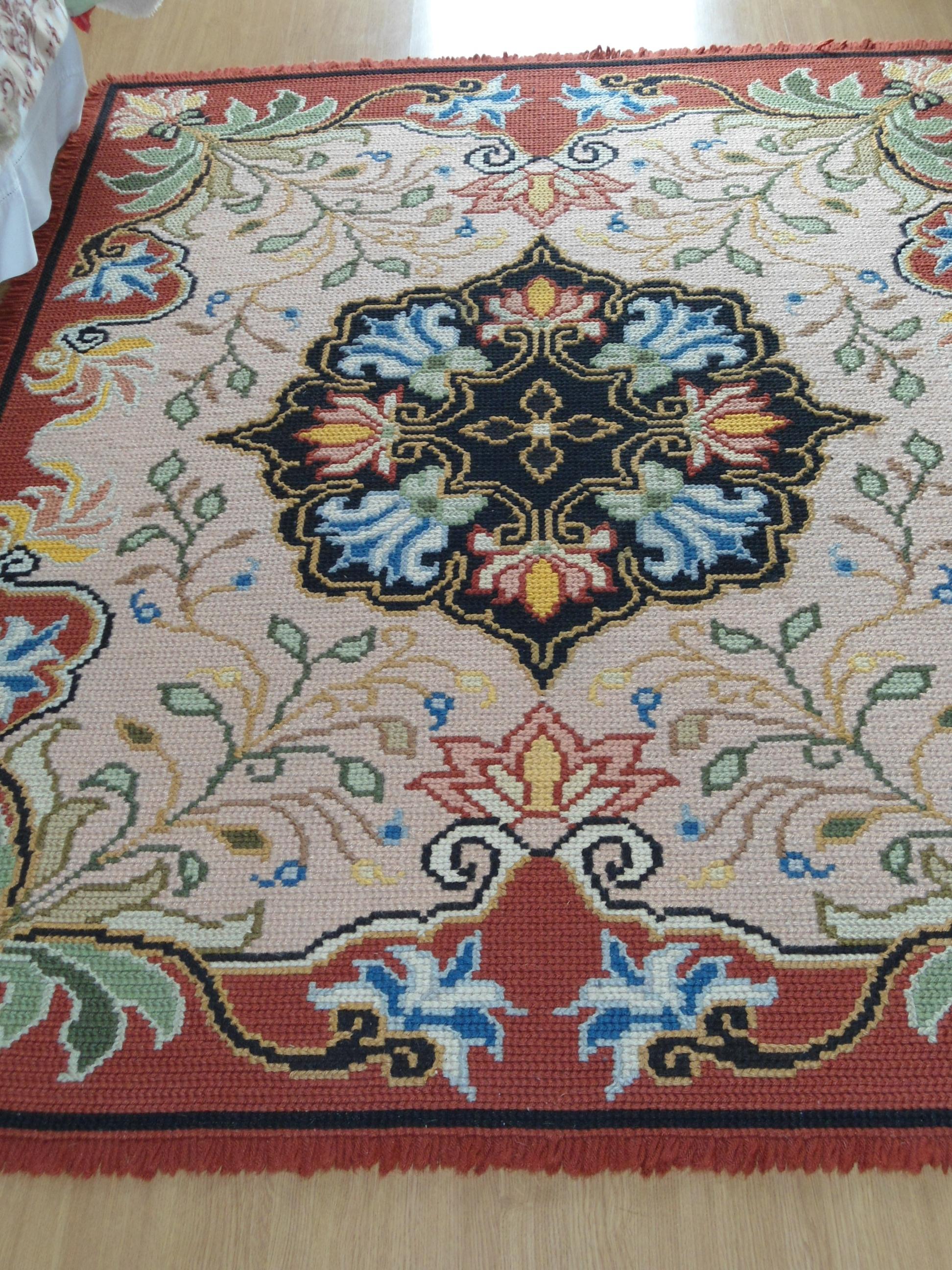 Tapetes Arraiolos Desenhos Tapetes De Arraiolos Tapetes De  -> Tapete De Sala Pintado