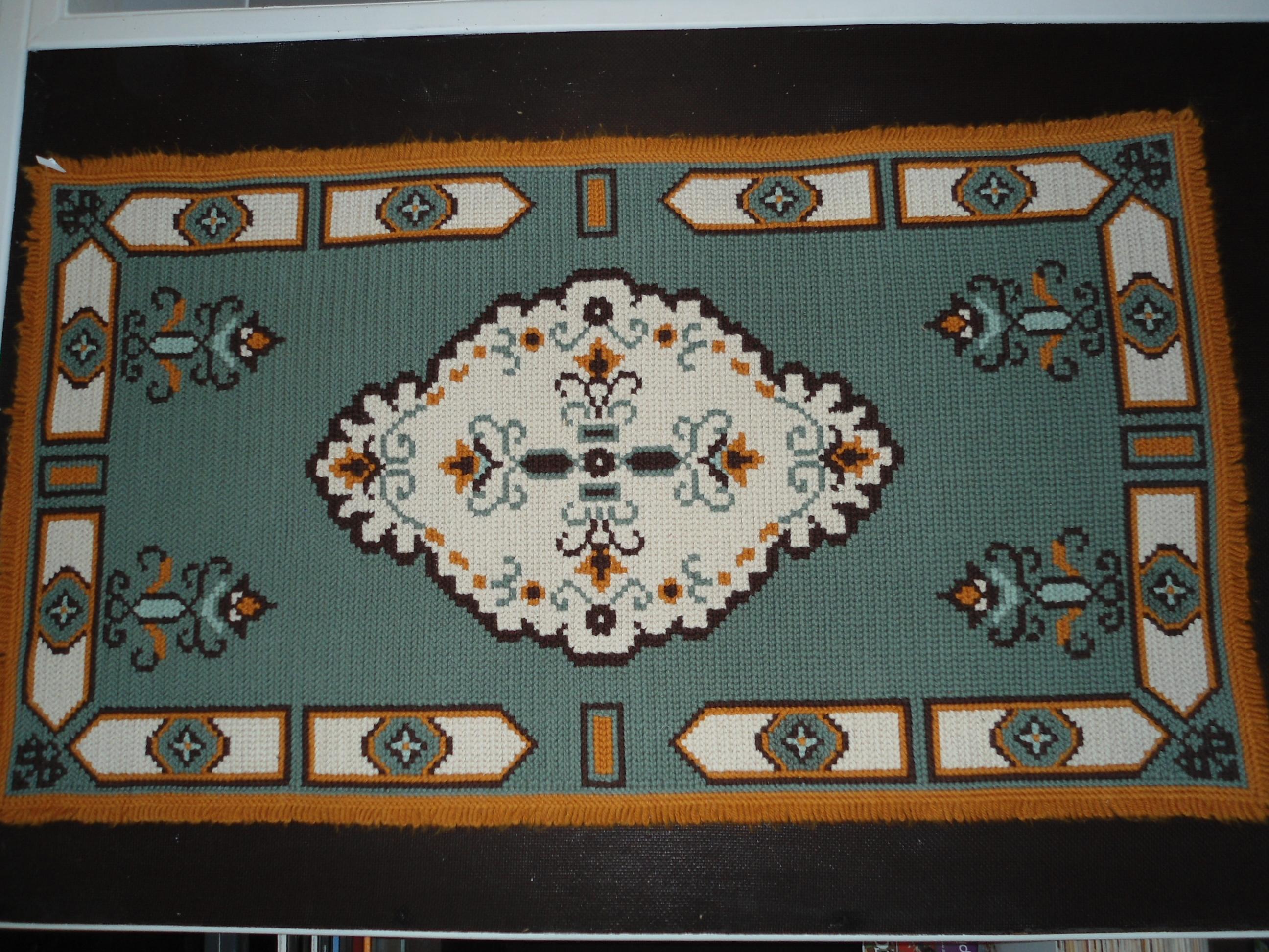 Divulgar a arte da tape aria em arraiolos e outros pontos for Clases de tapetes